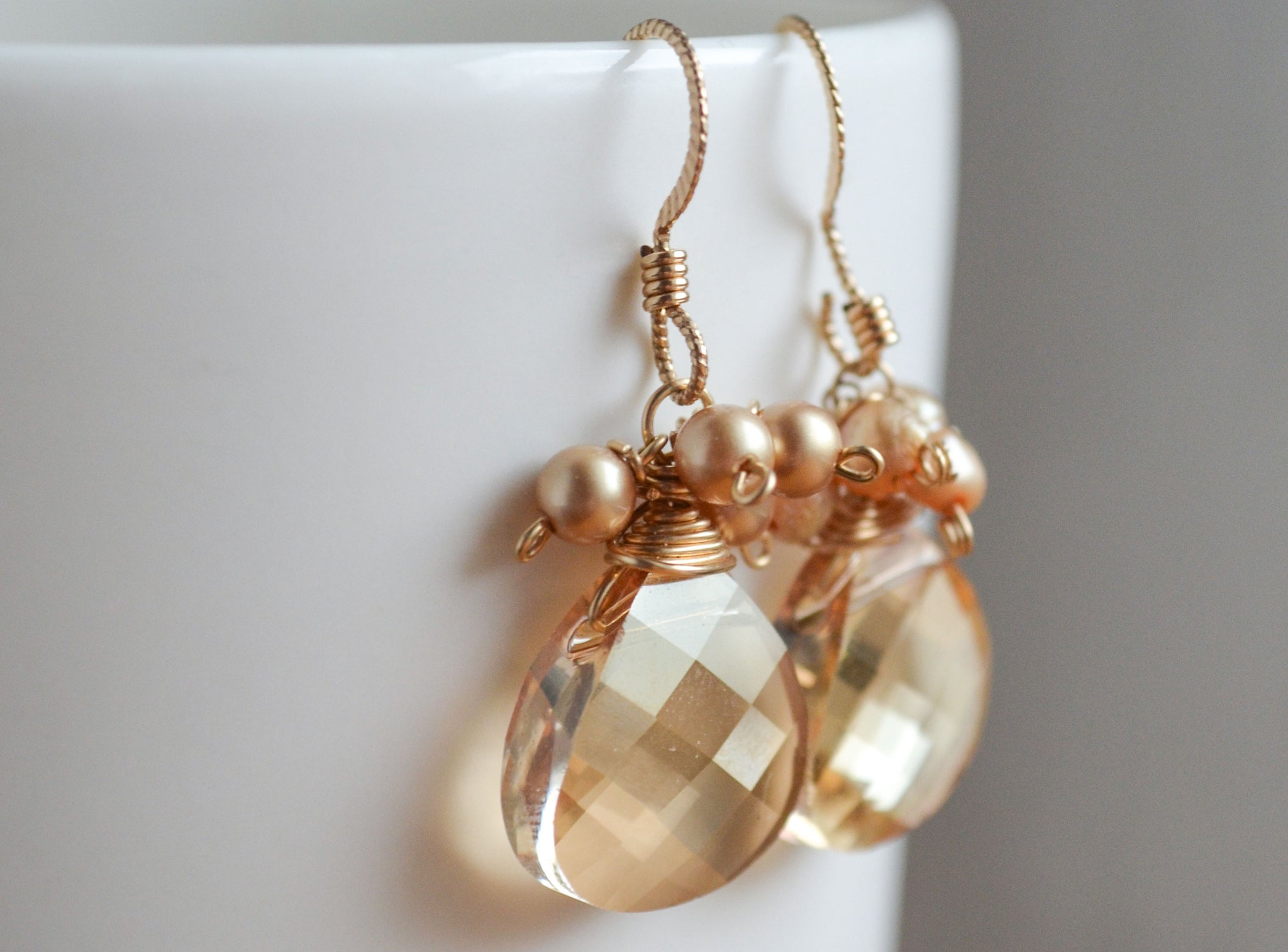 Elaine Earrings - Champagne