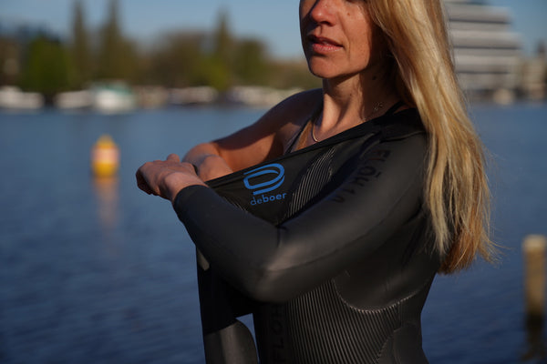 How to put on a wetsuit properly