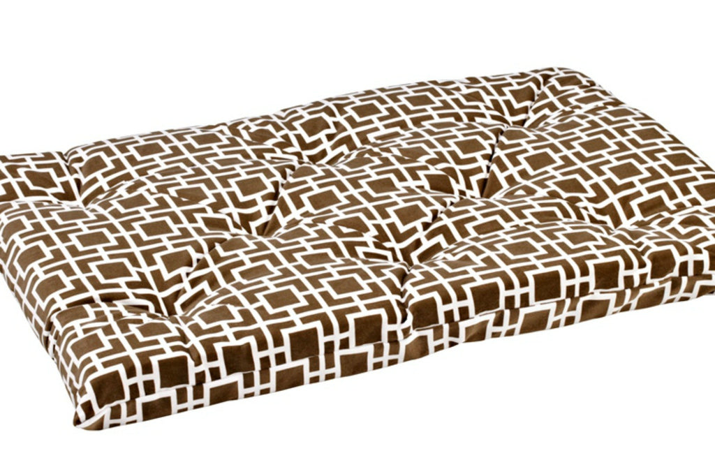 Courtyard Taupe Tufted Crate Mat