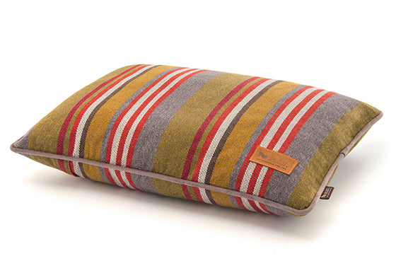 Lake Horizon Pillow Dog Bed