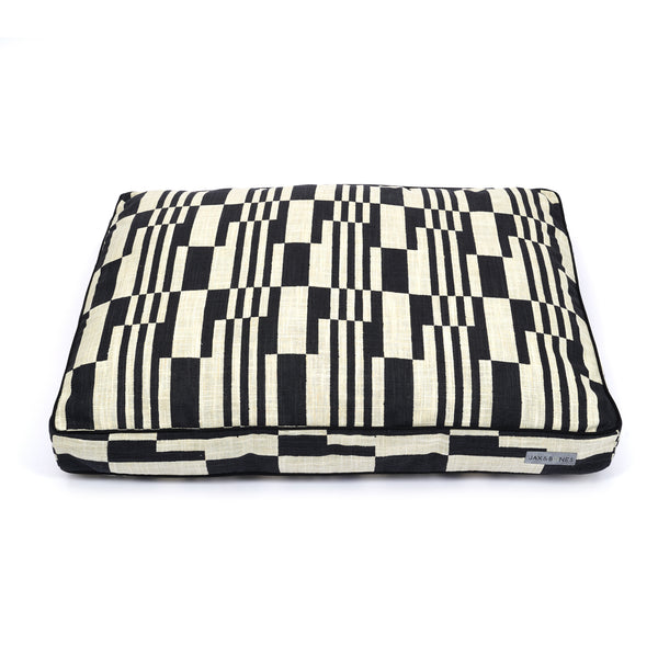 Piano Platinum Luxury Pillow Dog Bed