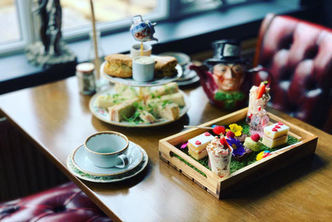 Mad Hatters Afternoon tea for Two with Cocktail and Prosecco Each