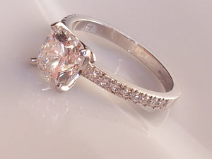 Tiffany 1.65CT G/IF Novo Diamond Engagement Ring