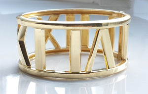 Tiffany & Co. Atlas Wide Bangle / Bracelet in 18k Yellow Gold