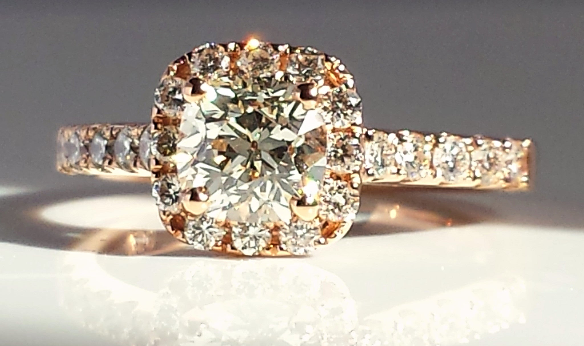 Vvs2 Antique Cushion Cut Diamond Engagement Ring In 18k Rose Gold  Halo
