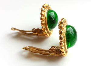 Chanel Vintage 1990, Season 25, Green Gripoix Castellane 22mm Gold Tone Earrings