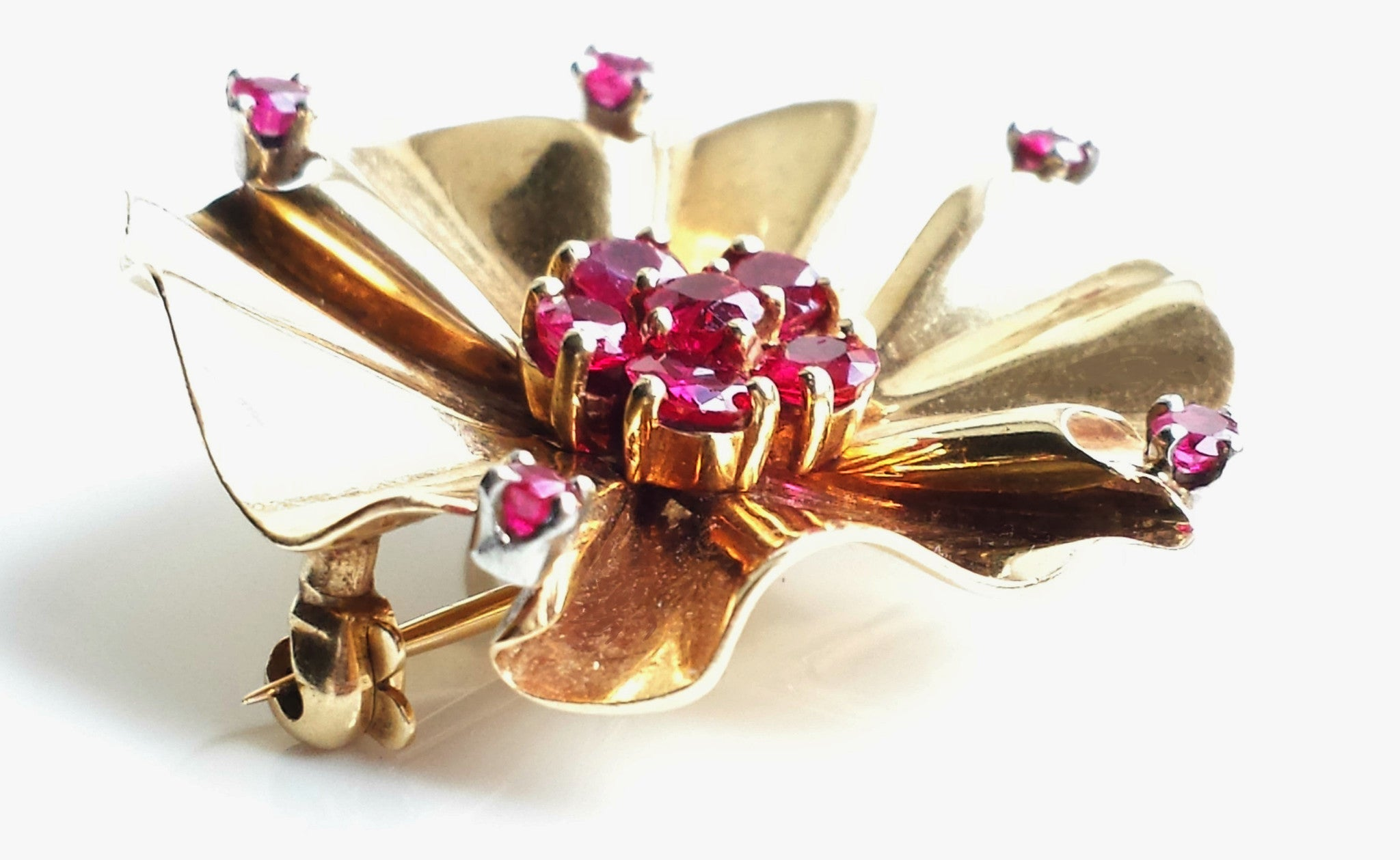 Rare Vintage Retro Tiffany & Co. Mid-century Modernist 1940s 14k Gold & Ruby Flower Brooch