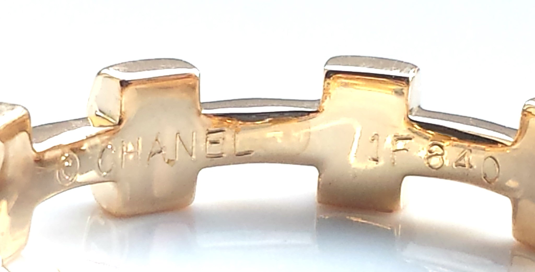 Vintage Chanel 1980s Palissade Ring in 18k Yellow Gold, Size 54 (UK N)