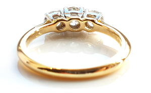 Vintage Tiffany & Co. 0.90ct 3-Stone Diamond Engagement Ring in 18K Gold