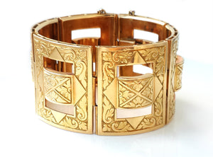 Antique European Victorian Heavy Engraved 18k Yellow Gold Bangle / Bracelet Cuff