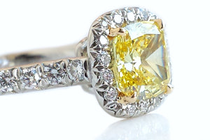 Tiffany & Co. 1.03tcw FIY/IF 'Soleste' Yellow Diamond Engagement Ring in 18k Gold & Platinum