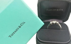 Tiffany & Co .94ct H/VVS2 3 Stone Triple XXX Diamond Engagement Ring SZ N