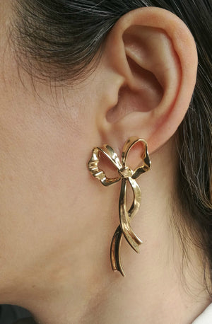 Vintage 1970s Tiffany & Co 14k Yellow Gold Ribbon Earrings
