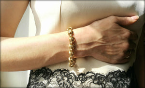 Tiffany & Co Vintage 1980s Signature X Bracelet 18k Yellow Gold 7 1/2 inch 49.3g