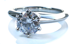 Tiffany & Co. 1.18ct E/VS2 Round Brilliant Diamond Engagement Ring