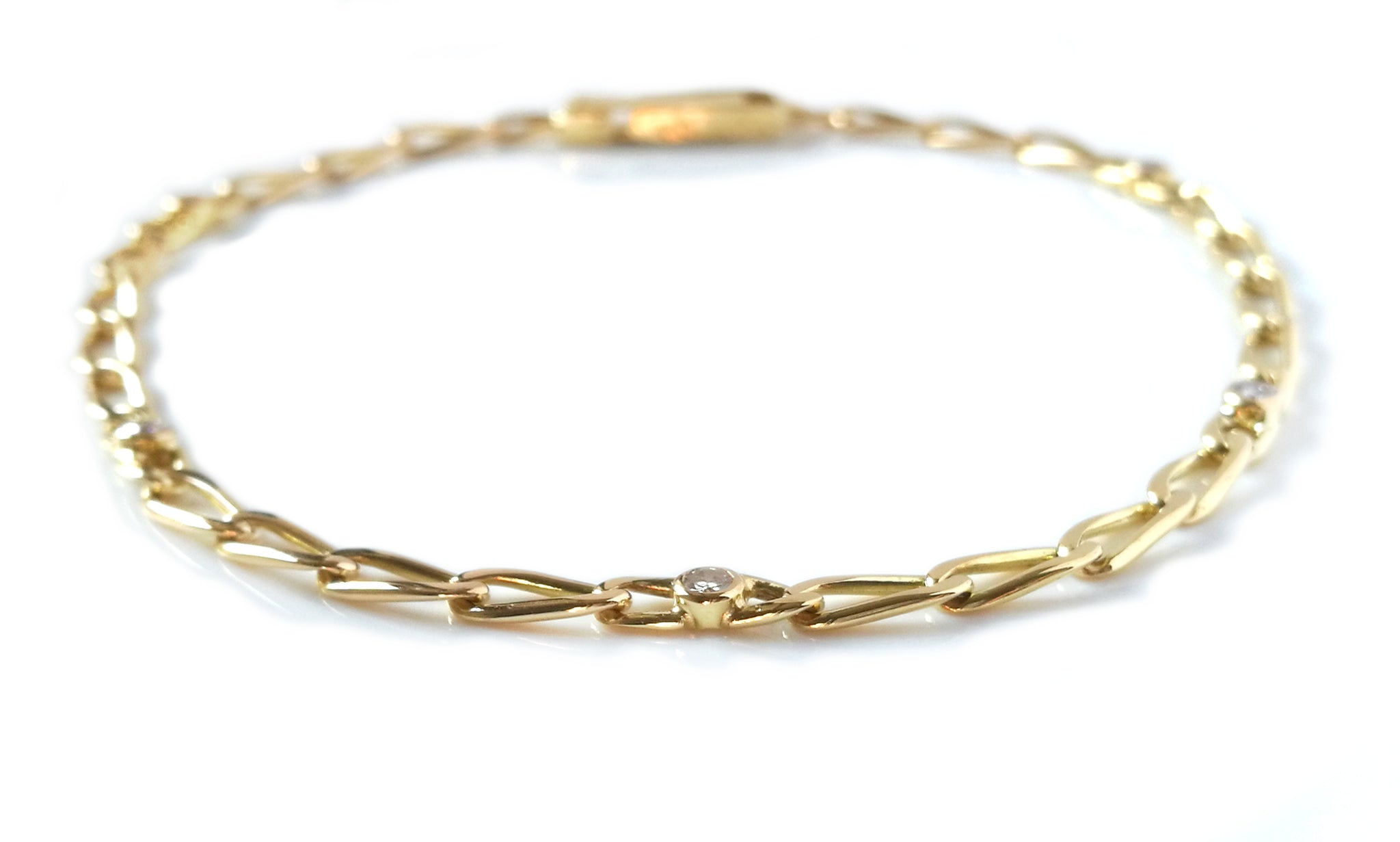 Vintage 1990s Cartier Diamond Link Bracelet in 18k Yellow Gold, 7.5 inch