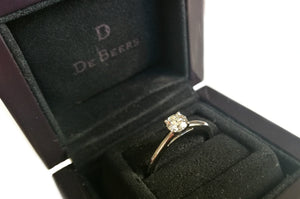 De Beers .41ct H/SI1 Round Brilliant Cut Diamond Engagement Ring SZ M