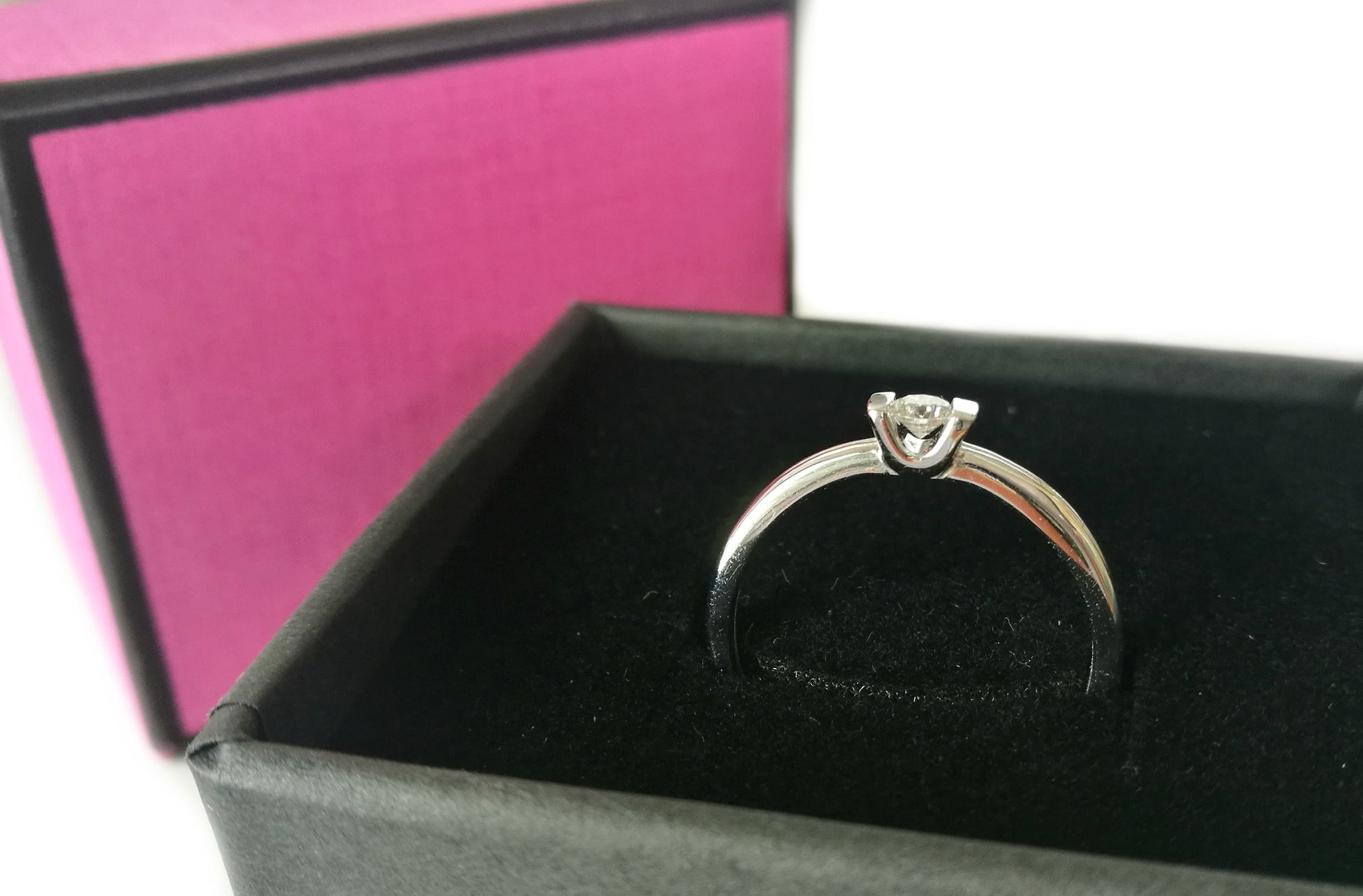 Brand New French 0.10ct Diamond Engagement Ring in 18k White Gold