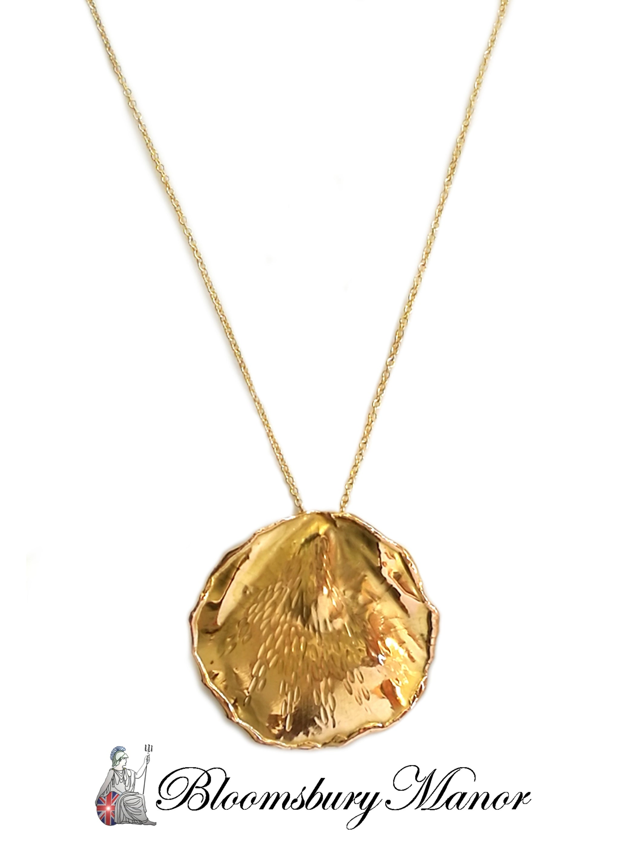 Tiffany & Co 1979 Angela Cummings 18k Yellow Gold Rose Petal Pendant Necklace