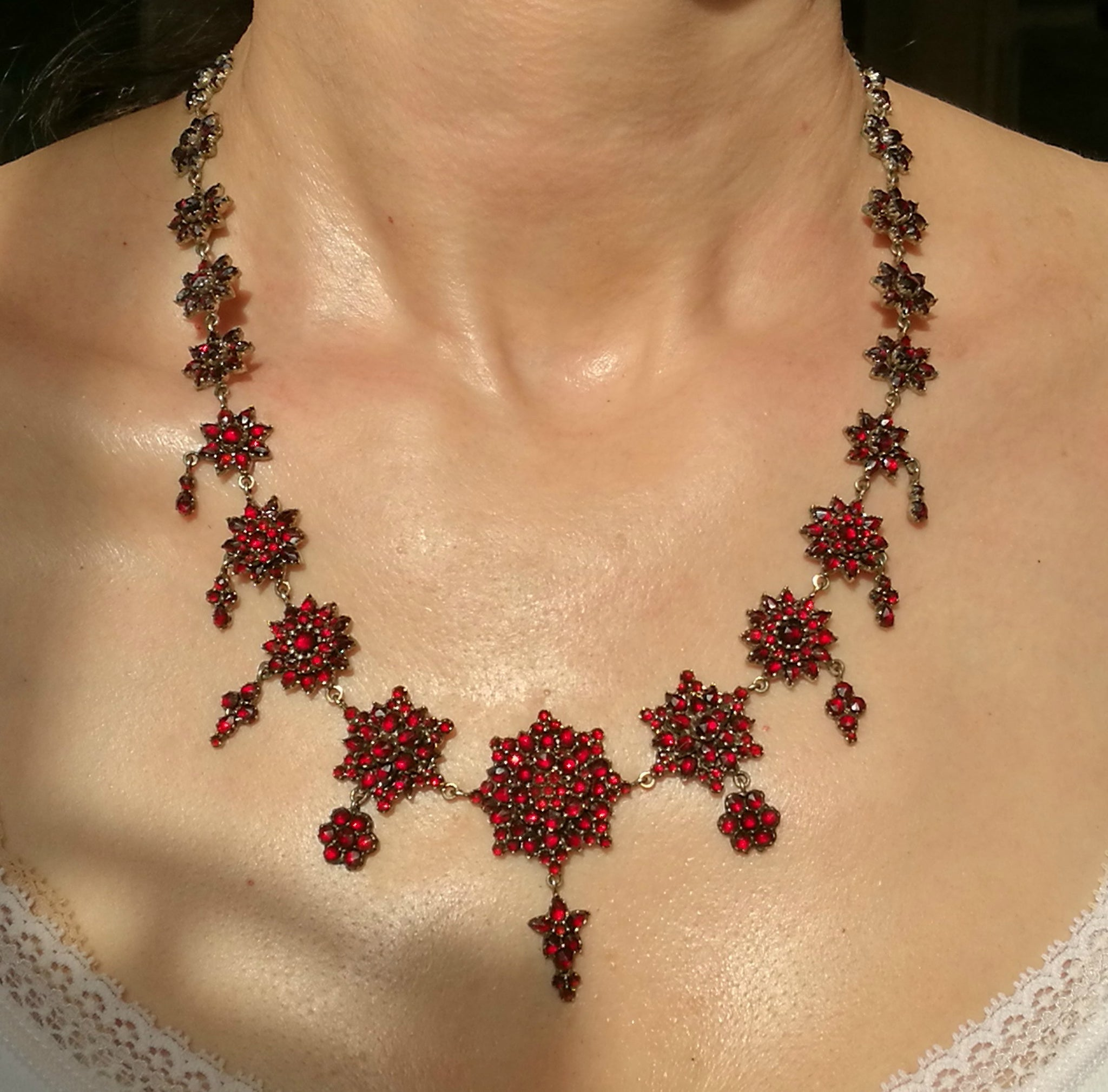 Victorian Antique Bohemian 1890s Garnet Necklace, 19 inch