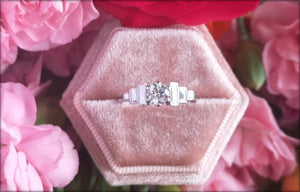 Antique 1930s Art Deco 0.50ct G/VS Old Cut Diamond Engagement Ring