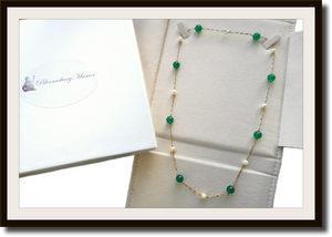 French Vintage Cultured Pearl & Green Agate 18k Gold Necklace