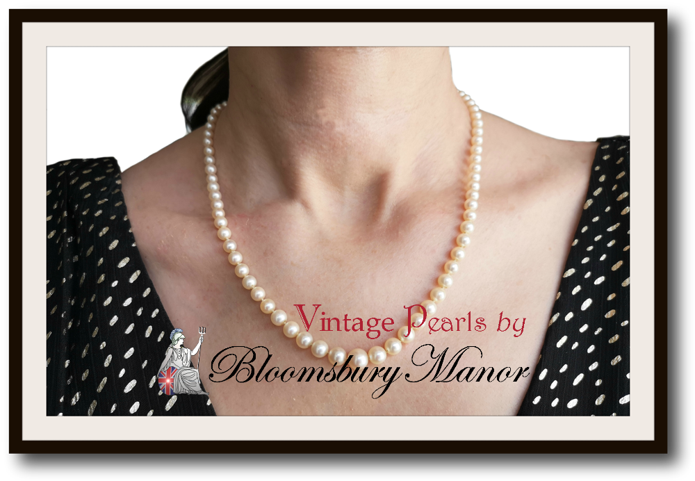 18-inch Pearl & 18k Gold Necklace with Case