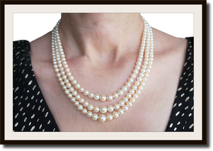Vintage 1950s 3 Strand Graduated Retro Cultured Akoya Pearl Necklace with 18k Gold Clasp