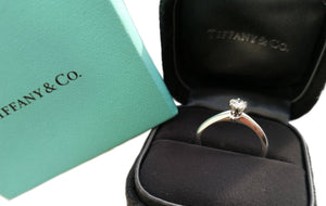 Tiffany & Co. 0.24ct H/VVS2 Round Brilliant Cut Diamond Engagement Ring