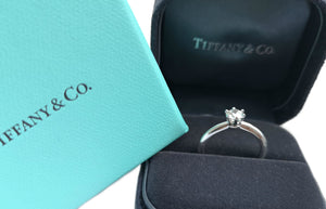 Tiffany & Co. 0.33ct G/VS Round Brilliant Diamond Engagement Ring