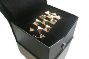 Retro Vintage 1960s Pyramid Tank Bracelet in 14k Yellow Gold in box