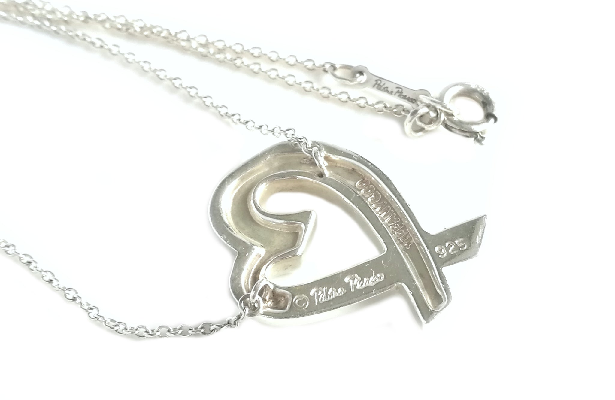 Tiffany & Co. Paloma Picasso Sterling Silver Loving Heart 18 inch Necklace