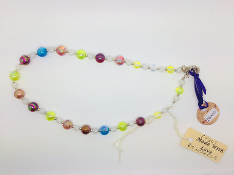 Multicoloured small beaded jade and acrylic necklace