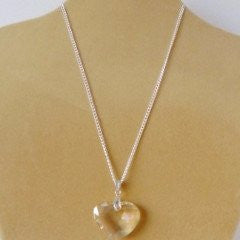 Necklace Glass Heart Clear Chain Fasten
