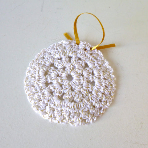White/Gold Crocheted Bauble
