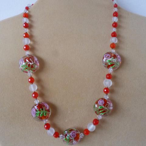Red White Glass Crystal Flower Necklace