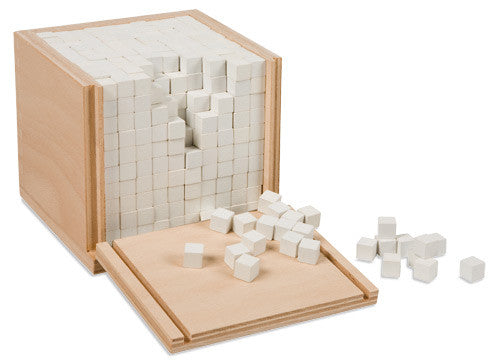 Volume Box With 1000 Cubes 129568439