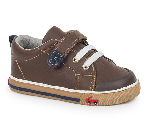 See Kai Run Stevie II Leather Sneaker Brown