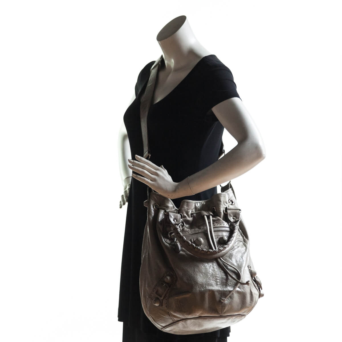908a7ff10123 ... Balenciaga Galet Lambskin Giant Hardware Pom Pon Bag - LOVE that BAG -  Preowned Authentic Designer