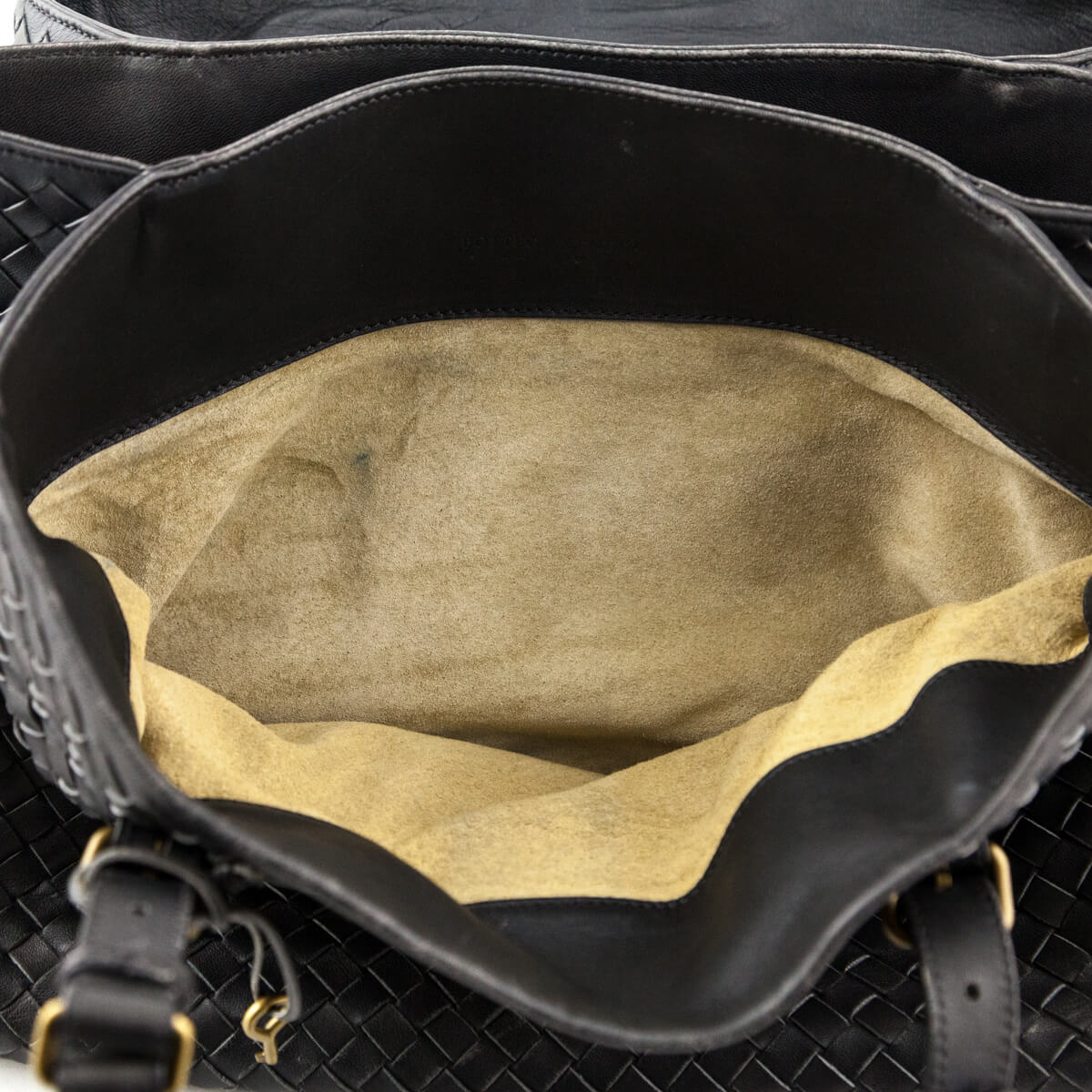 f87ebdcd516 ... Bottega Veneta Ferro Intrecciato Large Roma Bag - LOVE that BAG - Preowned  Authentic Designer Handbags ...