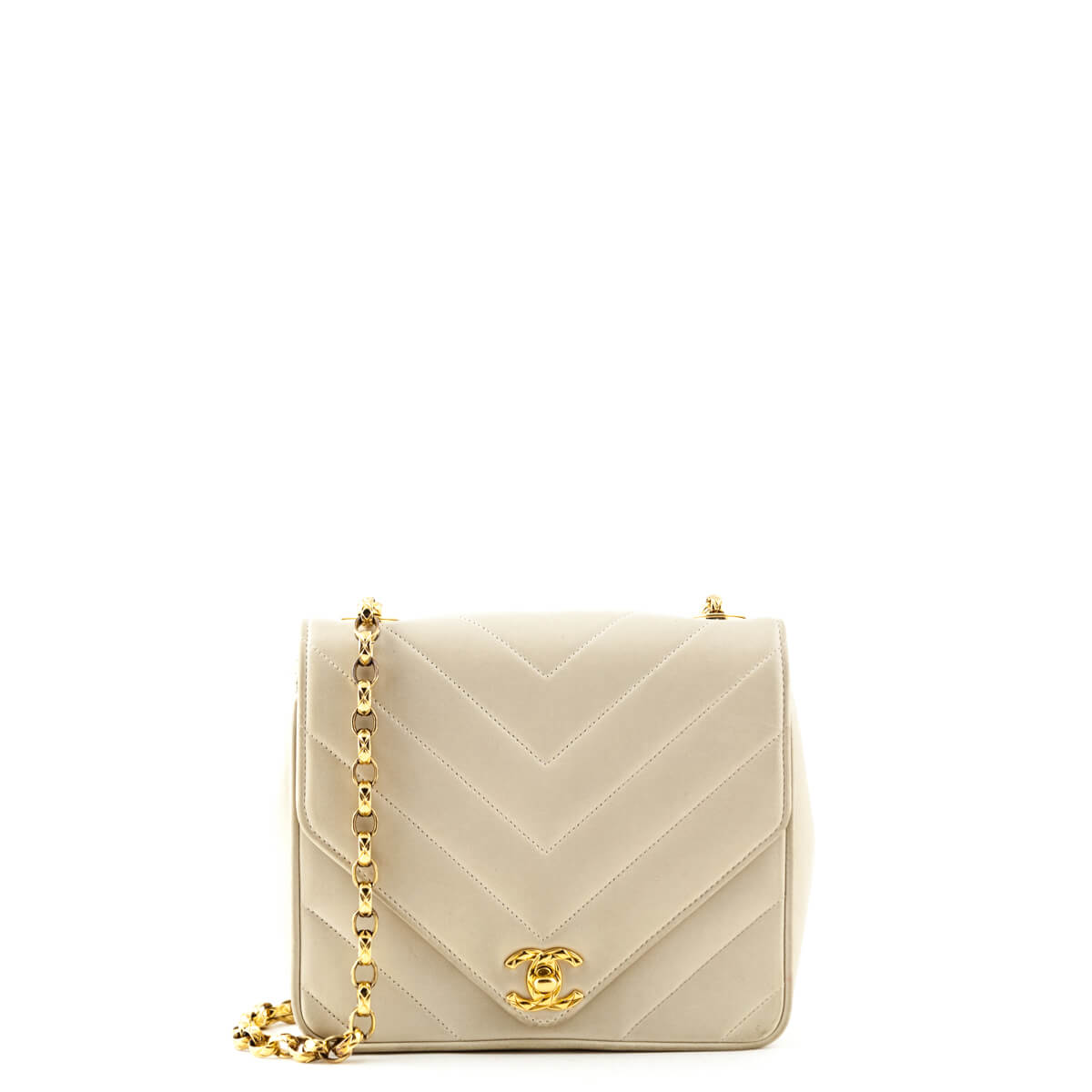 2e54728f9a632d Chanel Beige Chevron Quilted Lambskin Vintage Flap Bag - LOVE that BAG -  Preowned Authentic Designer ...