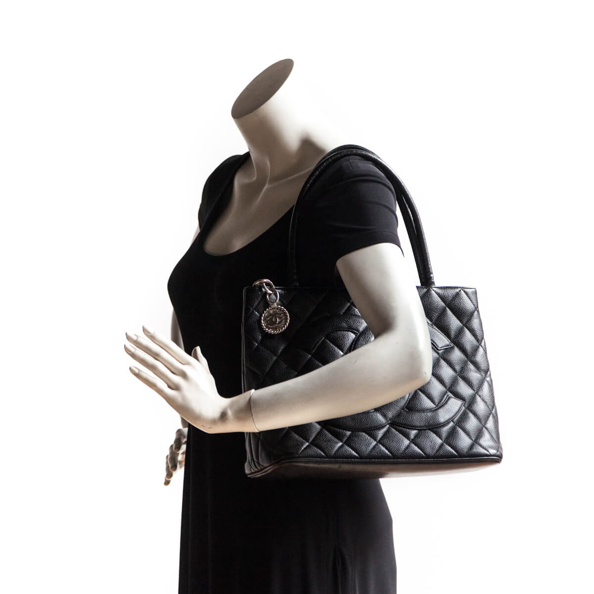 ... Chanel Black Caviar Medallion Tote - LOVE that BAG - Preowned Authentic  Designer Handbags 9e1ceb22e8314