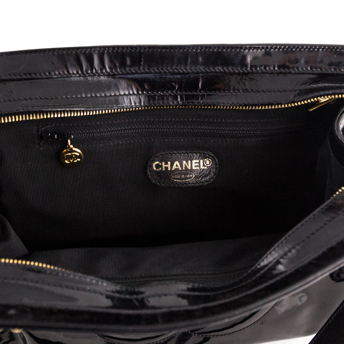 998297593660 Chanel Vintage Patent Backpack- Fenix Toulouse Handball