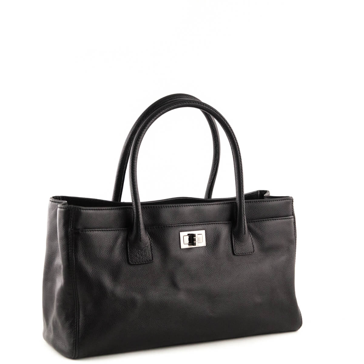 ab91dc9f50f7 ... Chanel Black Cerf E W Reissue Tote Bag - LOVE that BAG - Preowned  Authentic ...