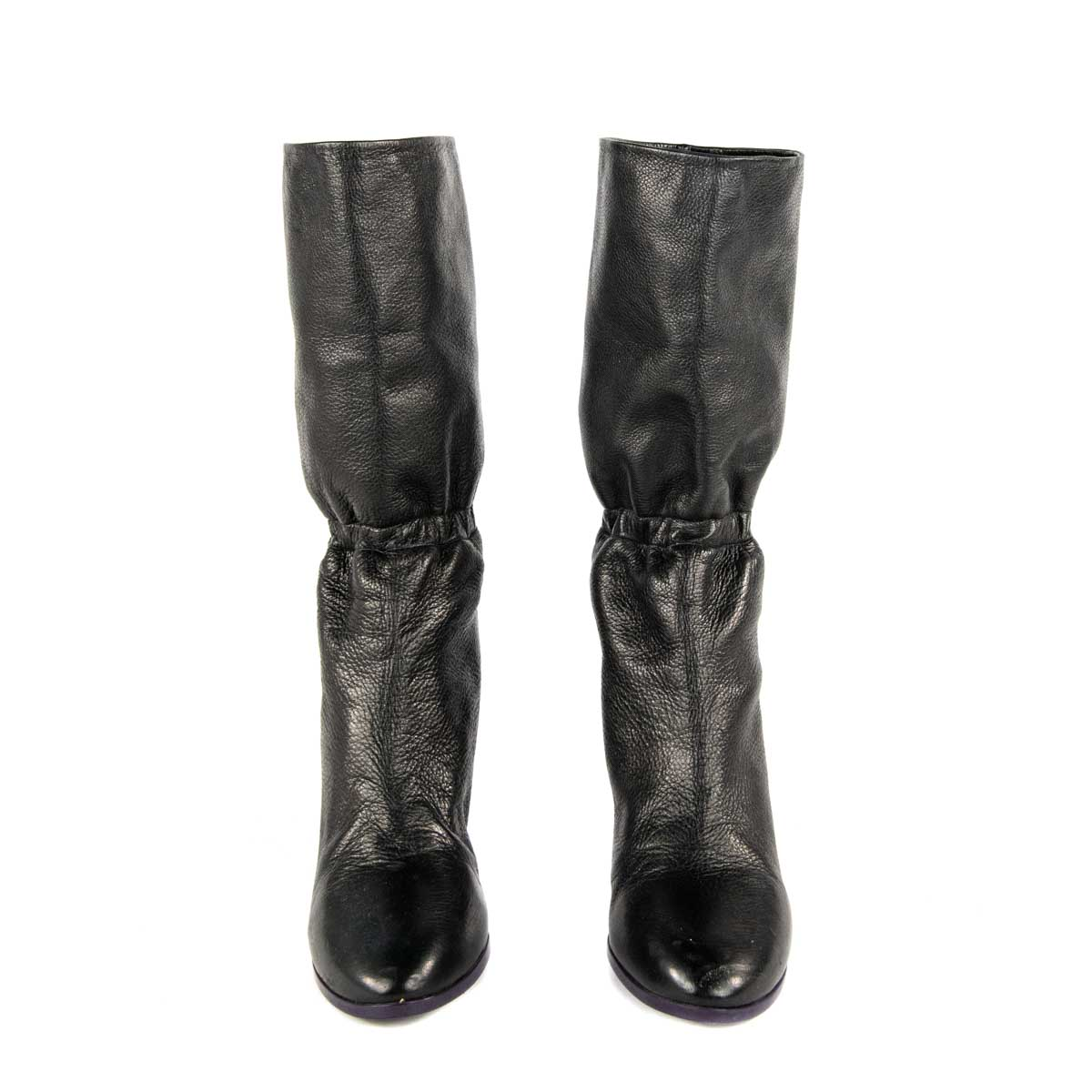 Black with purple detail leather boot 7.5