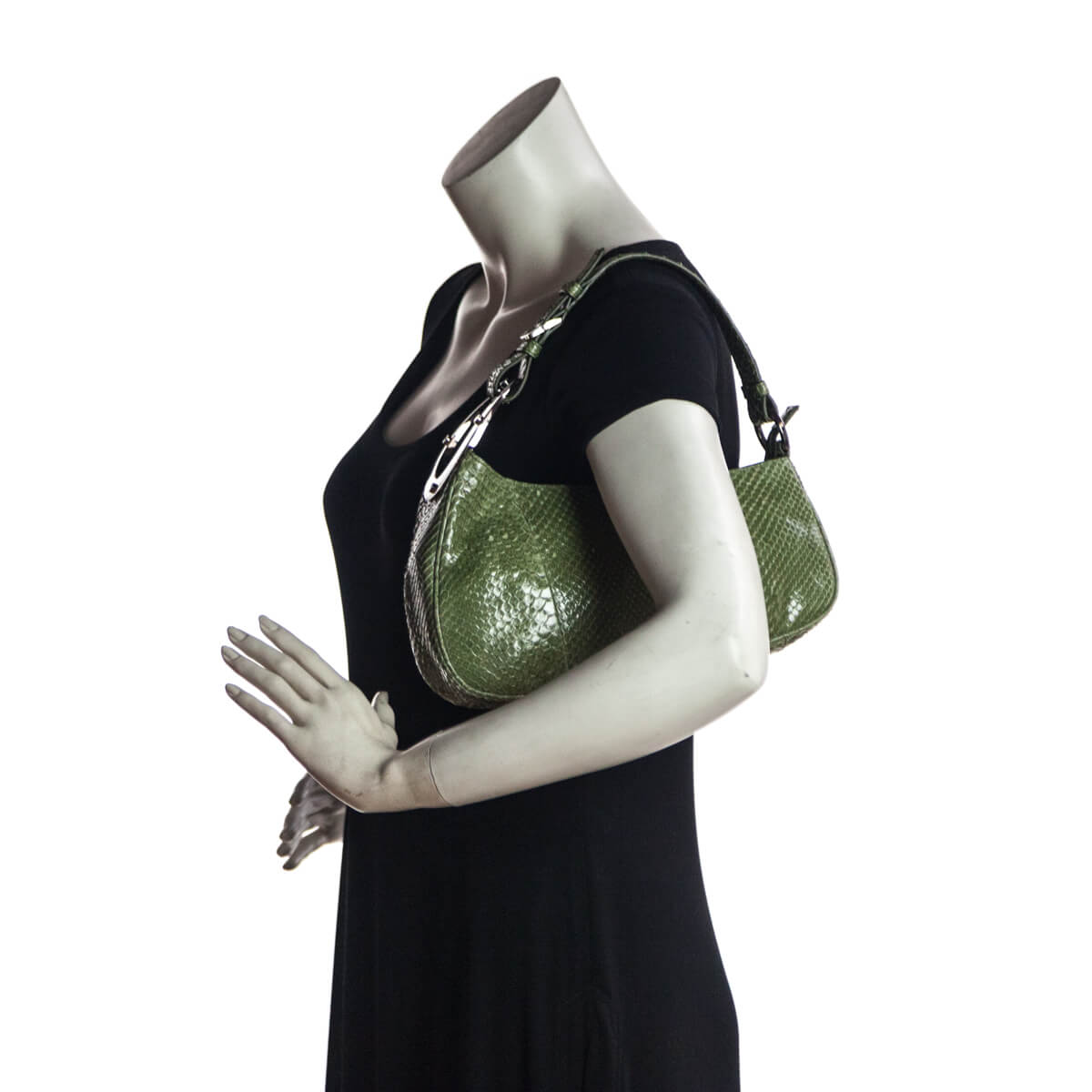 ... Sergio Rossi Green Snakeskin Shoulder Bag - LOVE that BAG - Preowned  Authentic Designer Handbags b7632e8a716b7