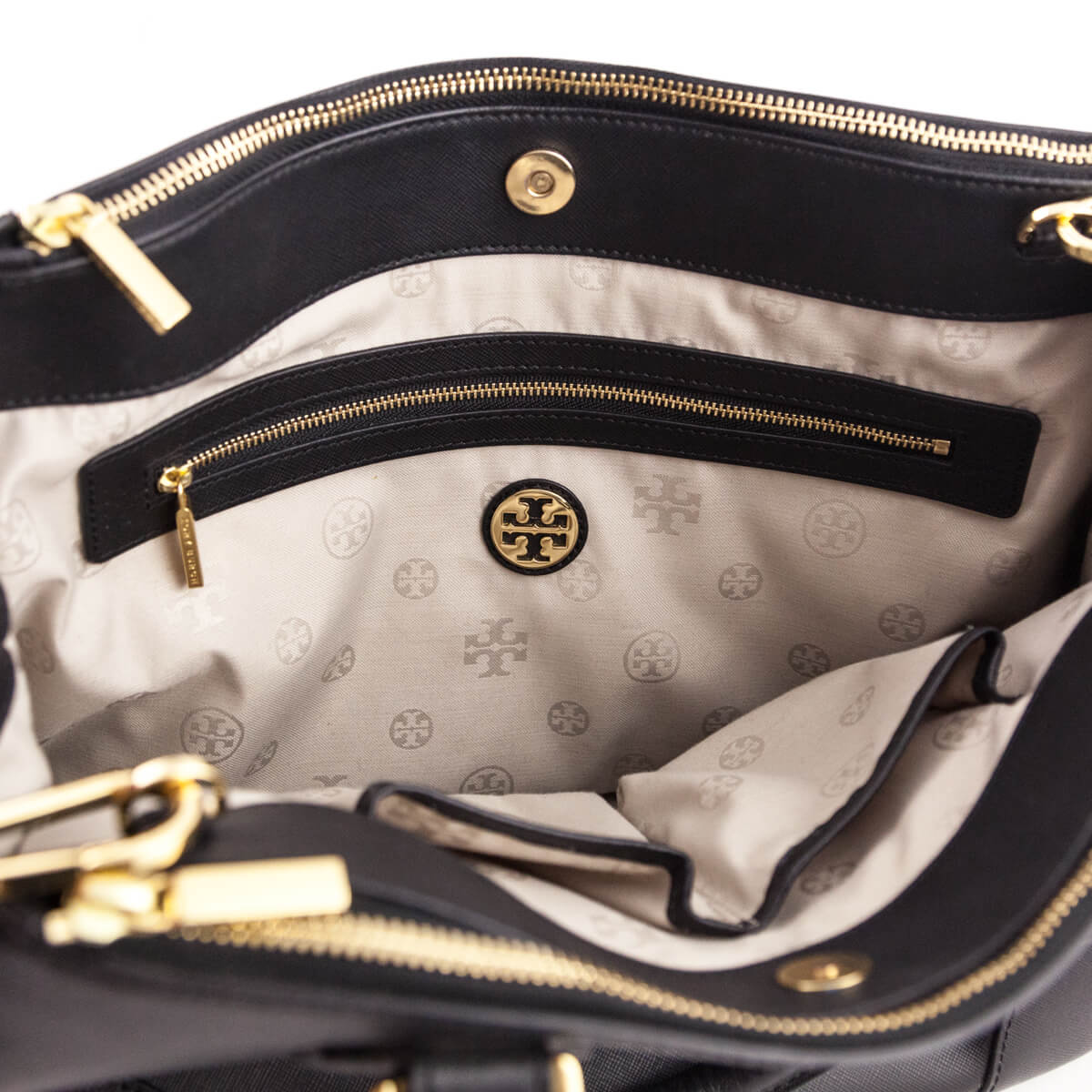 9ae17fb01a ... Tory Burch Black Textured Leather Robinson Double Zip Tote - LOVE that  BAG - Preowned Authentic ...