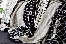 Load image into Gallery viewer, 100% Cotton Geometric Throw Blanket
