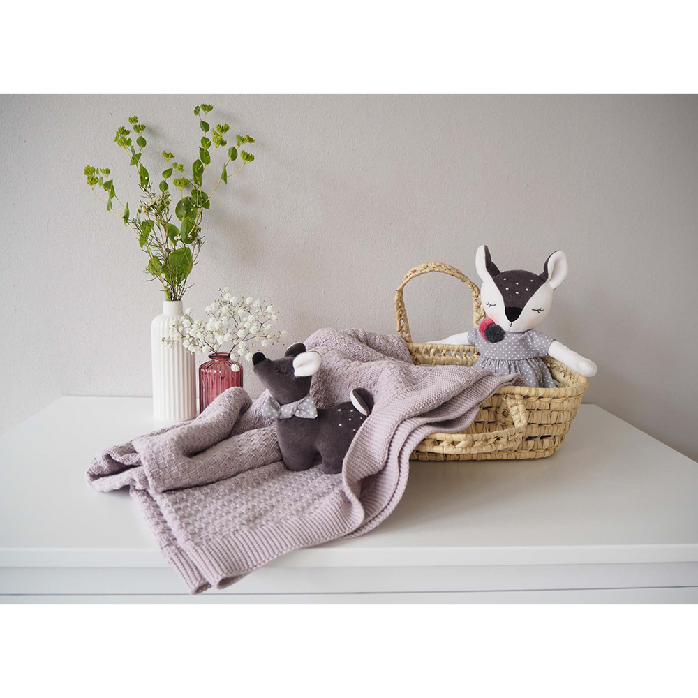Lifestyle picture for Kikadu Fawn Pale Rose Blanket