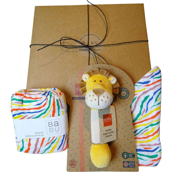 Happy Baby | Organic Baby Gift Box | Burp Cloths, Bib & Toy | Lion Gift Box Baby Gift Works Multi